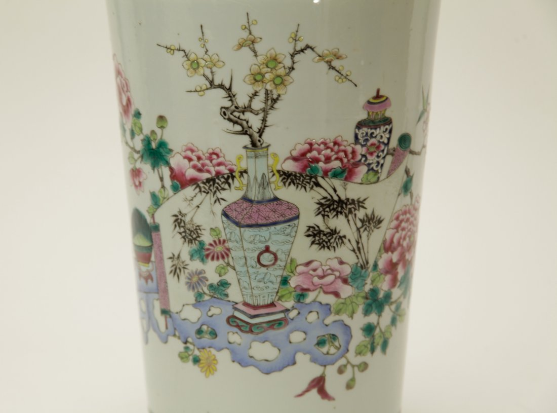 Qing Dynasty Chinese Famille Rose Vase, Marked - 5