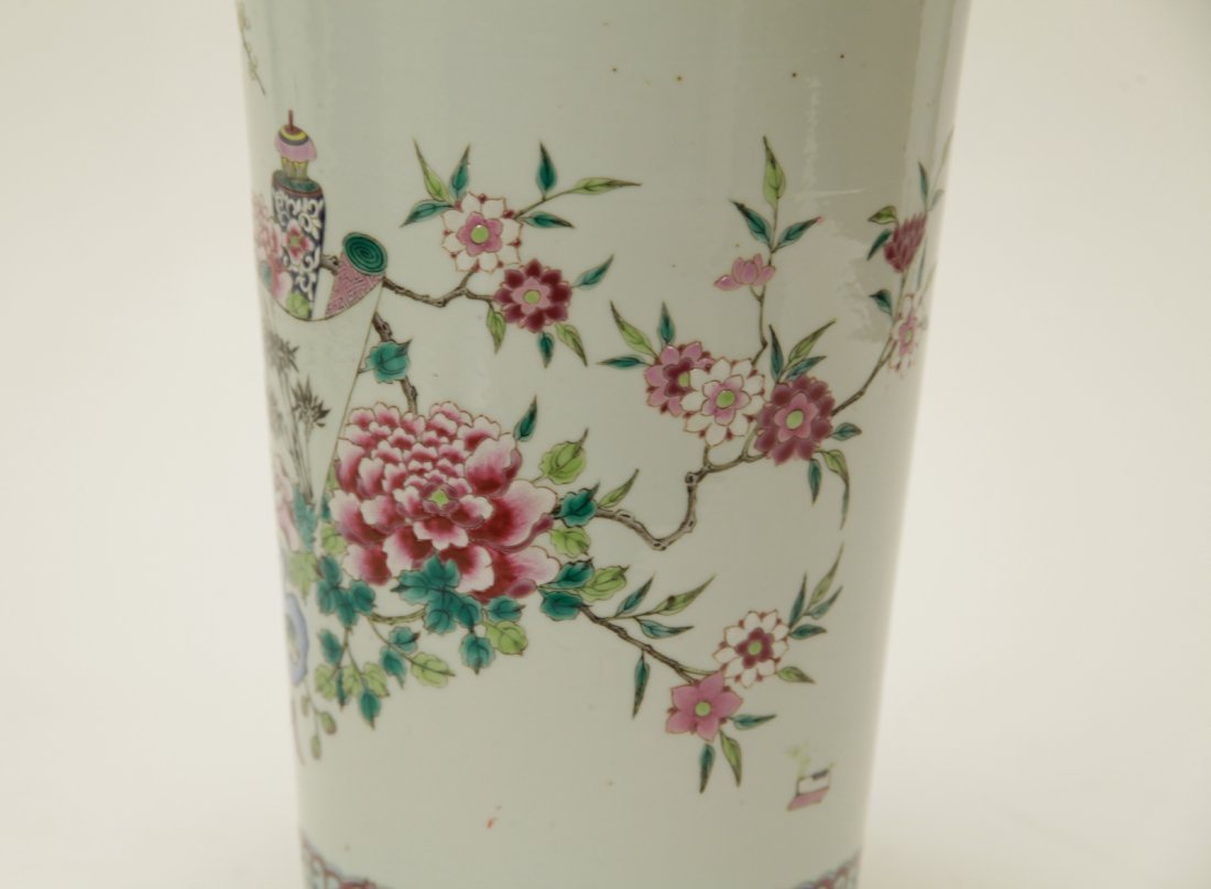 Qing Dynasty Chinese Famille Rose Vase, Marked - 6