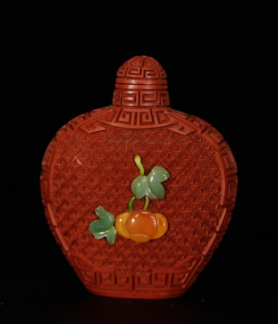 Chinese Cinnabar Lacquer Snuff Bottle