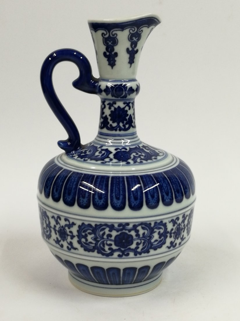 Chinese Blue/White Porcelain Teapot