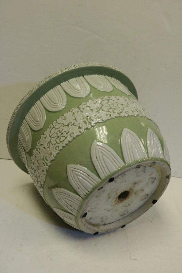 Chinese Green Glazed Porcelain Planter - 19th C. - 4