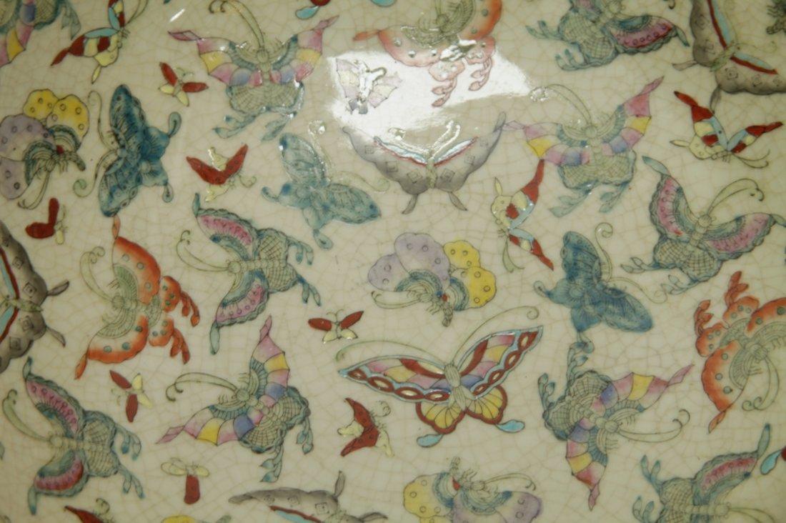 Chinese Porcelain Hundreds Butterflies Vase - 8