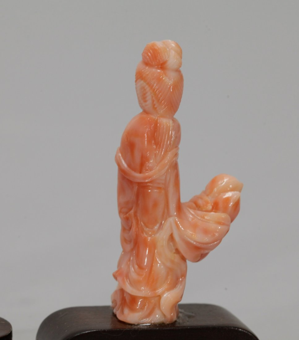 4 Pieces of Chinese Coral Carved Figures - 10