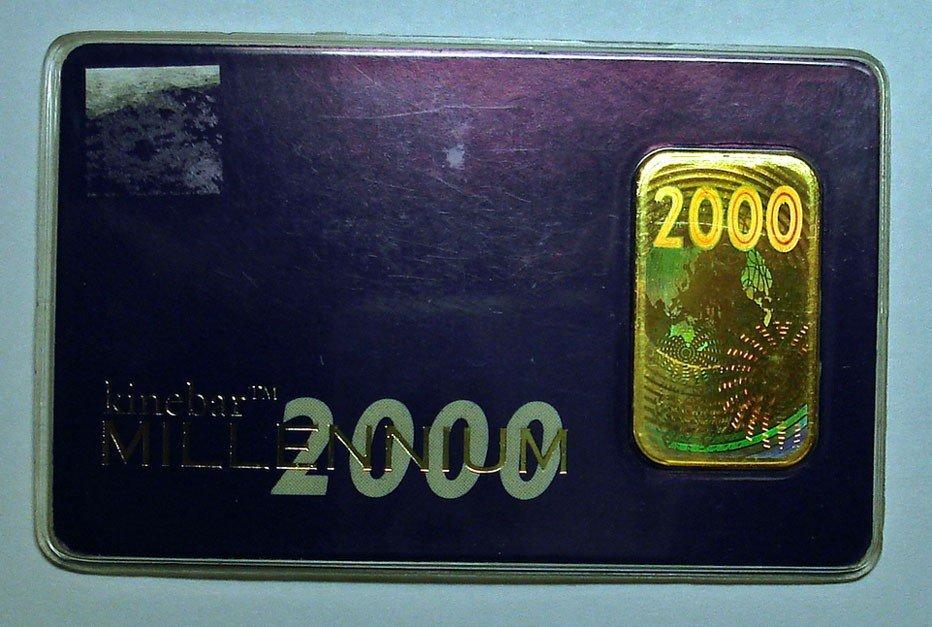 11: 10 gram .999 GOLD bar