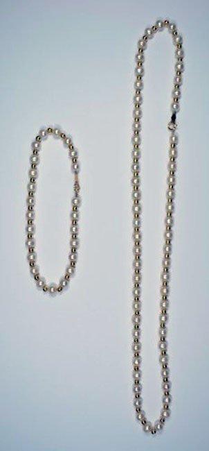 Pearl Bracelet and Necklace Set
