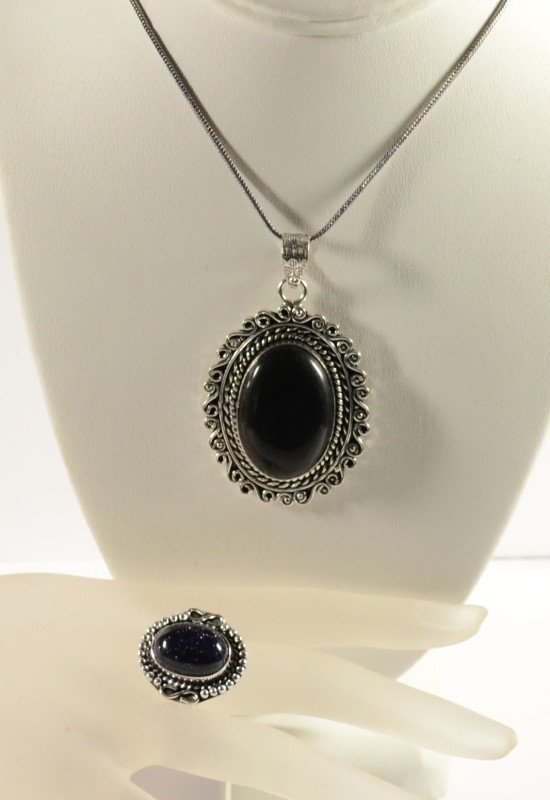 GERMAN SILVER BLACK ONYX PENDANT NECKLACE AND BLUE SUN