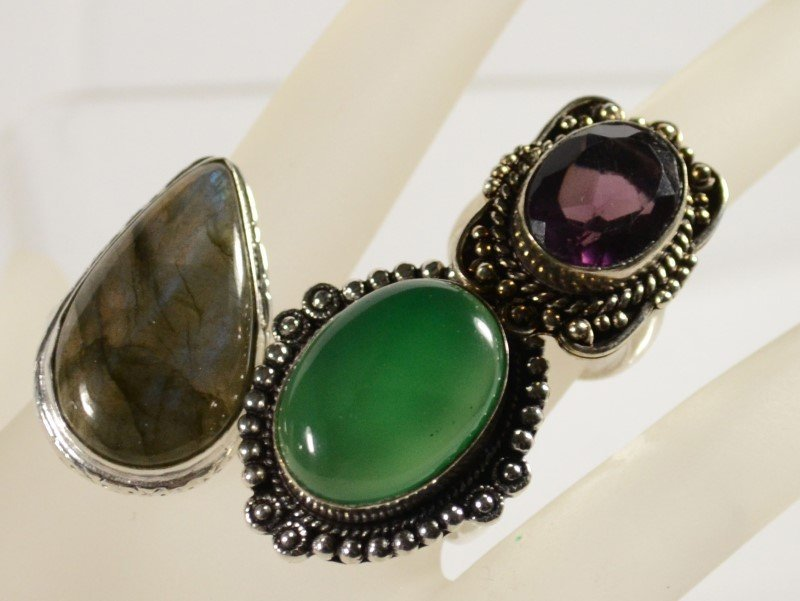 LOT OF 3 GERMAN SILVER RINGS: PURPLE AMETHYST 8, GREEN