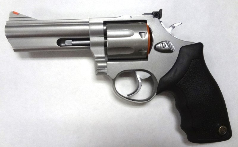 Taurus Mod 66 Standard Revolver 357 RemMag. New in box.