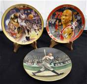 3 COLLECTORS PLATES 2 MICHAEL JORDAN  1 BABE RUTH