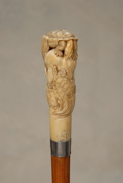 20: A great Japanese ivory cane of tortoises (minogame) - 4