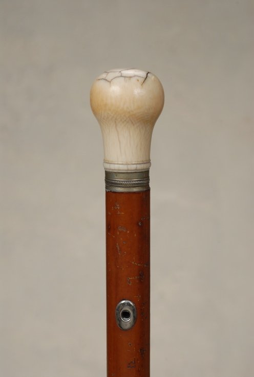 59: A classic early ivory cane on one-step malacca