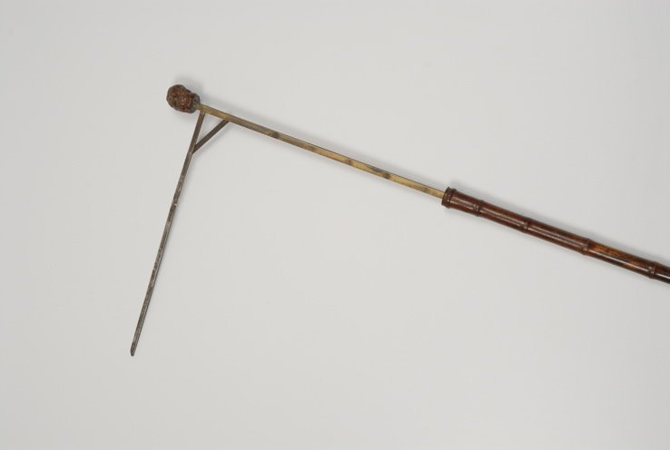97: A great undertaker's coffin measure cane