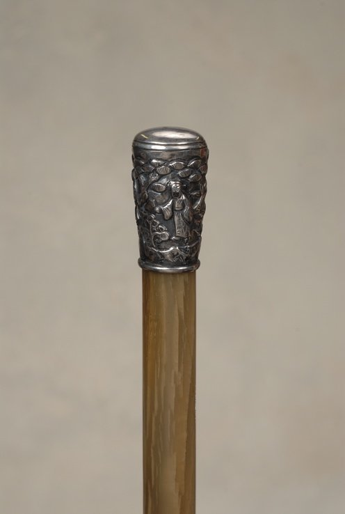 114: A very nice Chinese silver and horn cane
