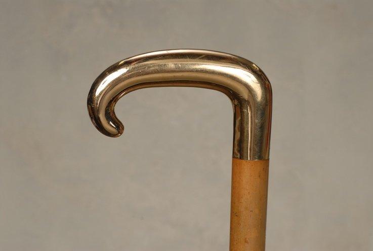 30: An 18k gold Tiffany cane with JFK history