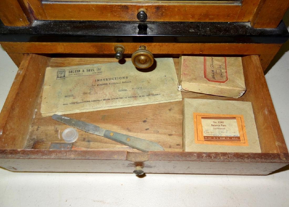 Volland & Son's Gold Scale - 6