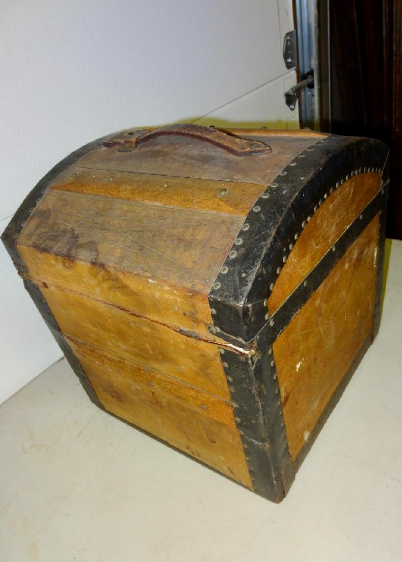 Small 1867 Traveling Trunk - 5