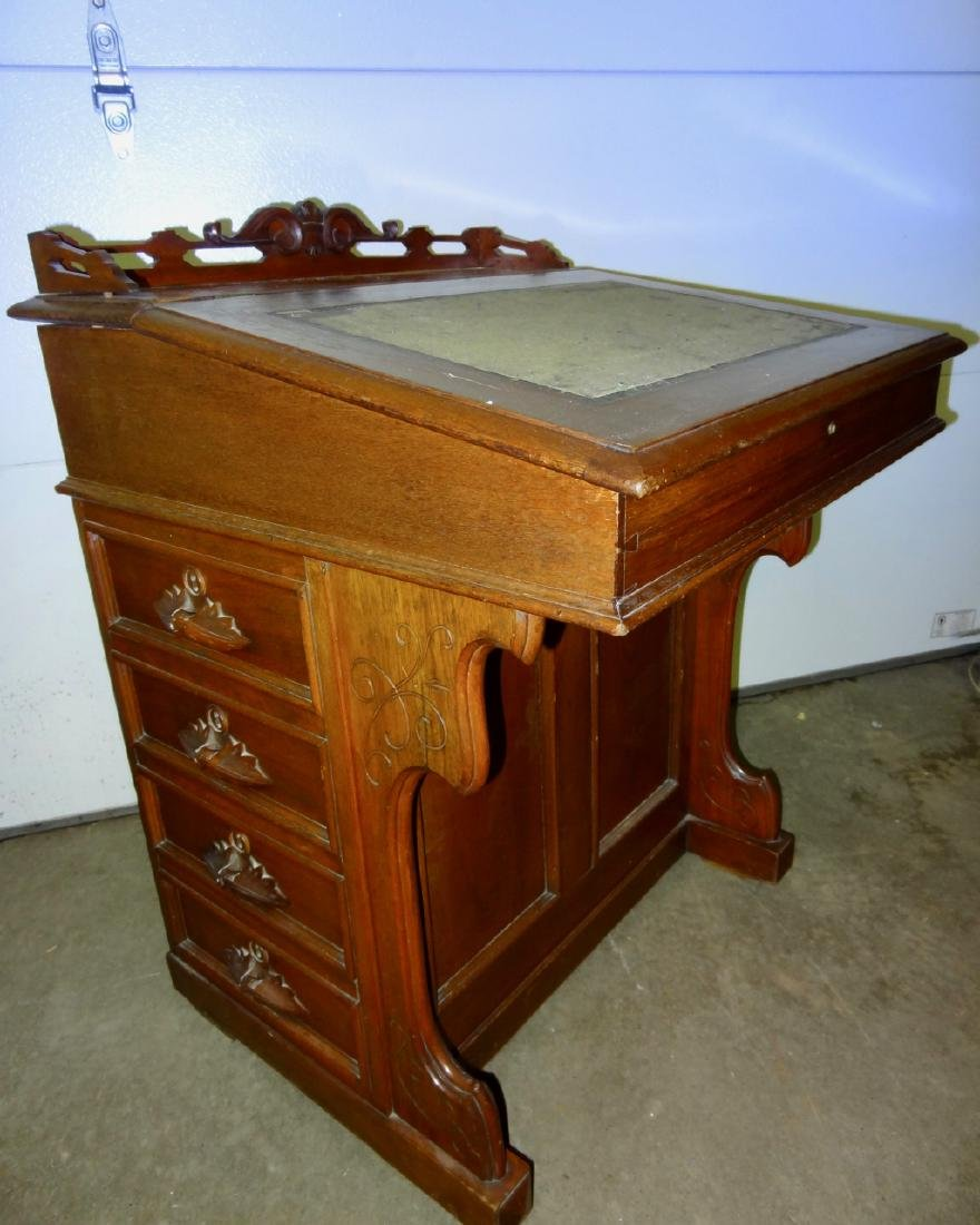 Victorian Captains Desk w/Gallery
