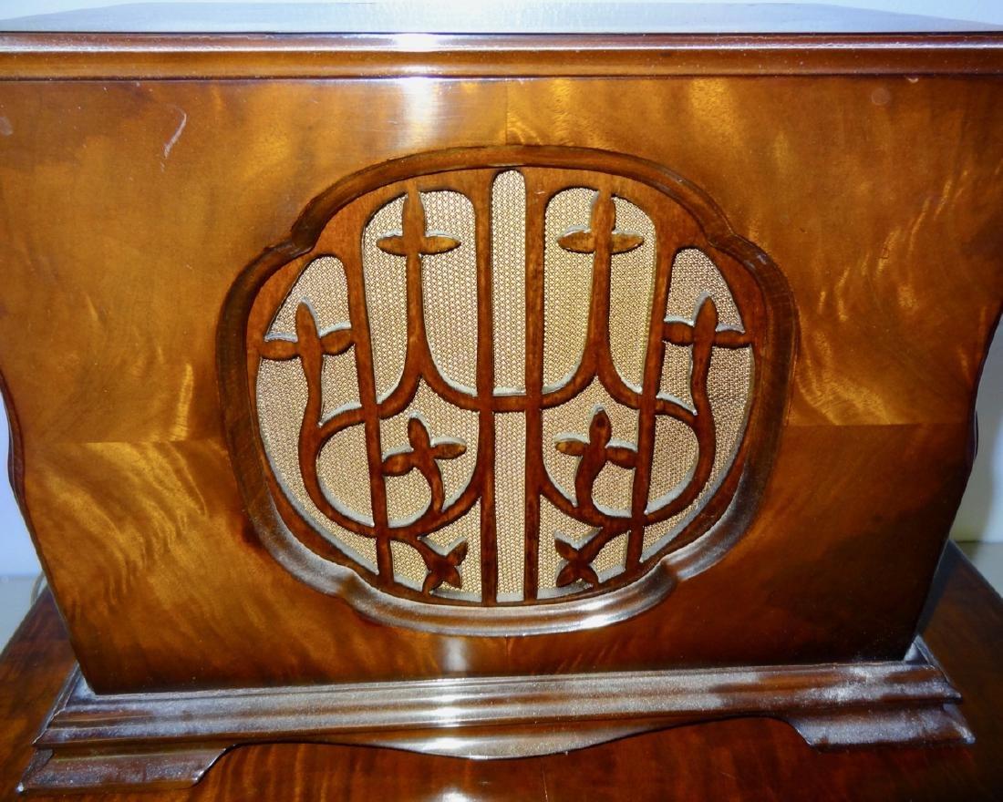 Rare Winchester Radio & Speaker - 3