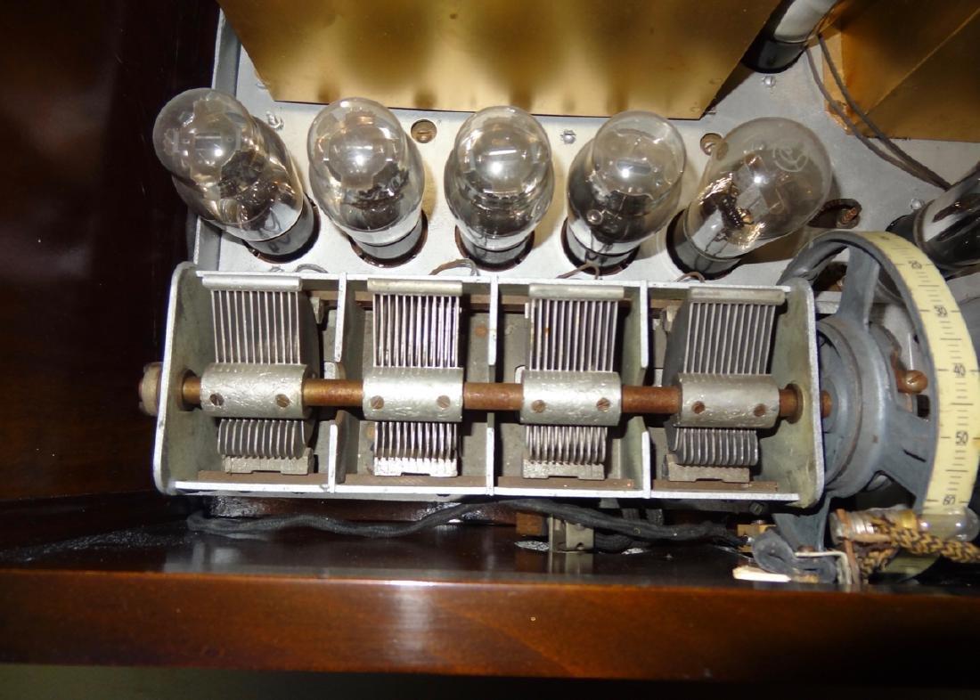 Rare Winchester Radio & Speaker - 4