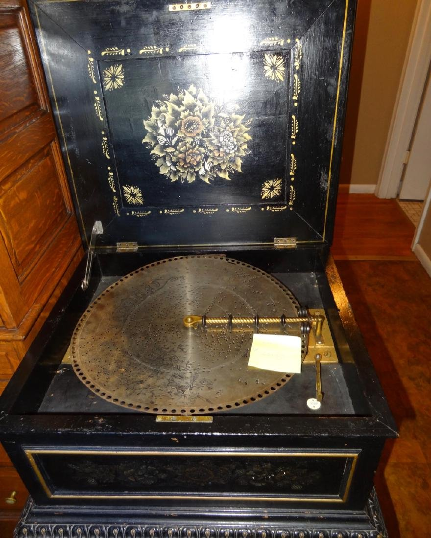 Regina Single Comb Model 25153 Music Box