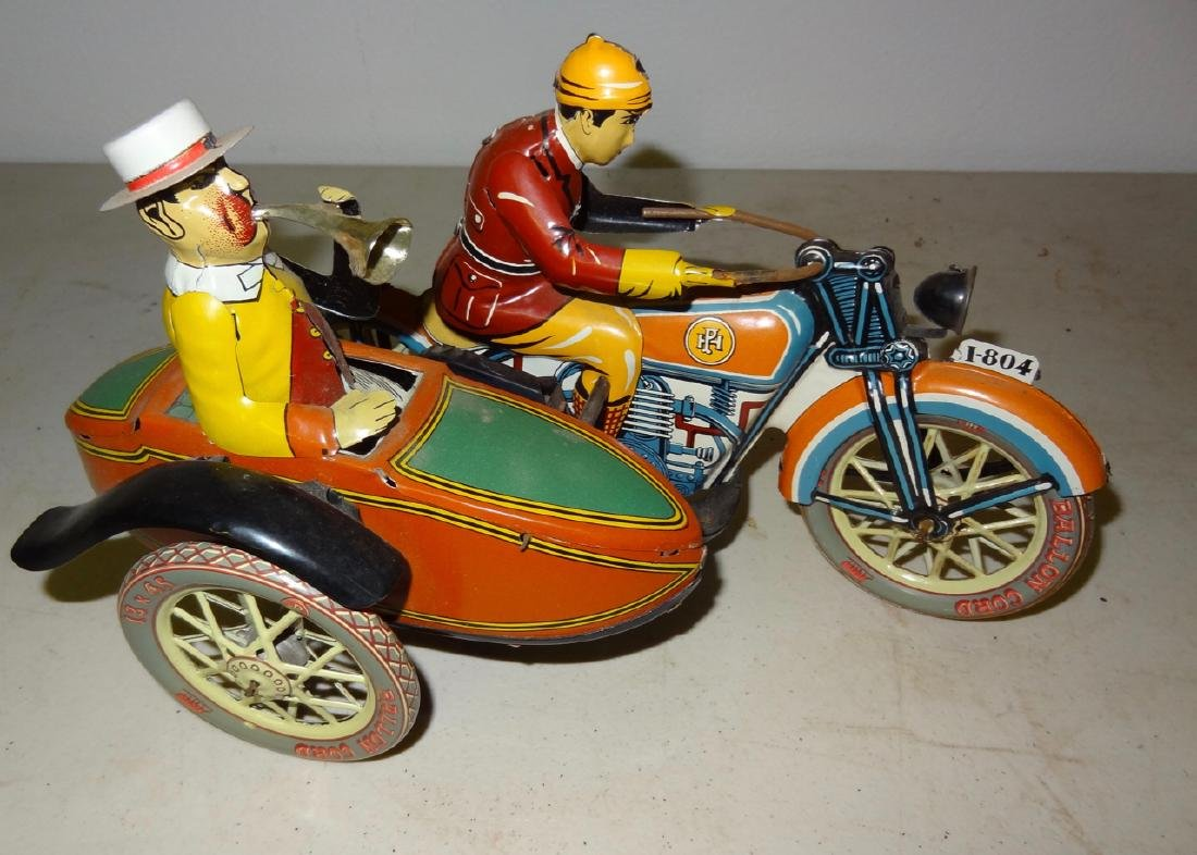 Paya Tin Motorcyle w/Side Car