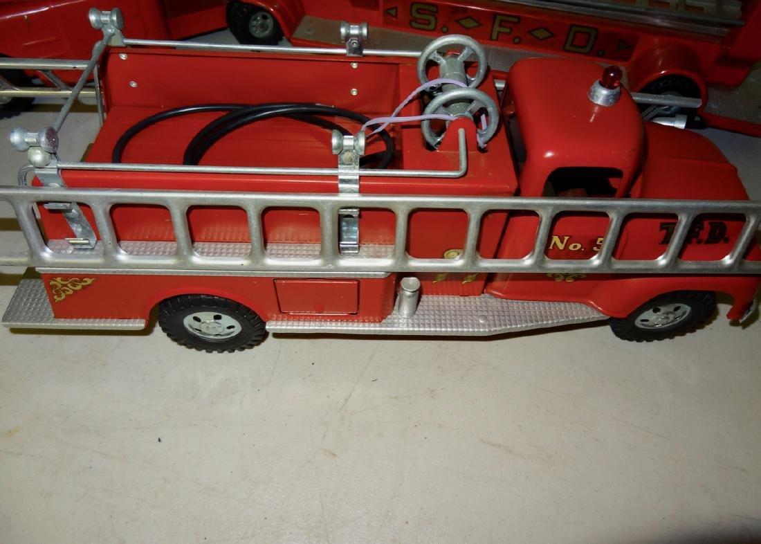 2 Fire Trucks - 2