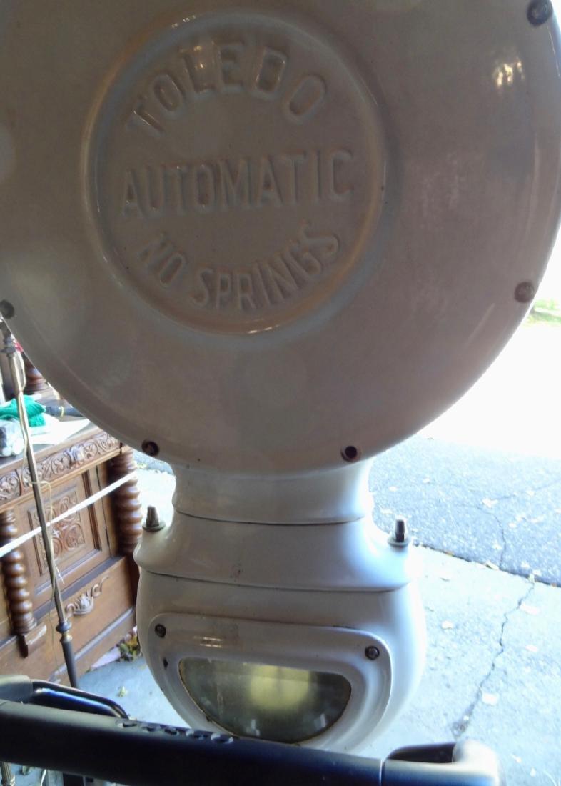 Toledo Porcelain Automatic Scale - 5