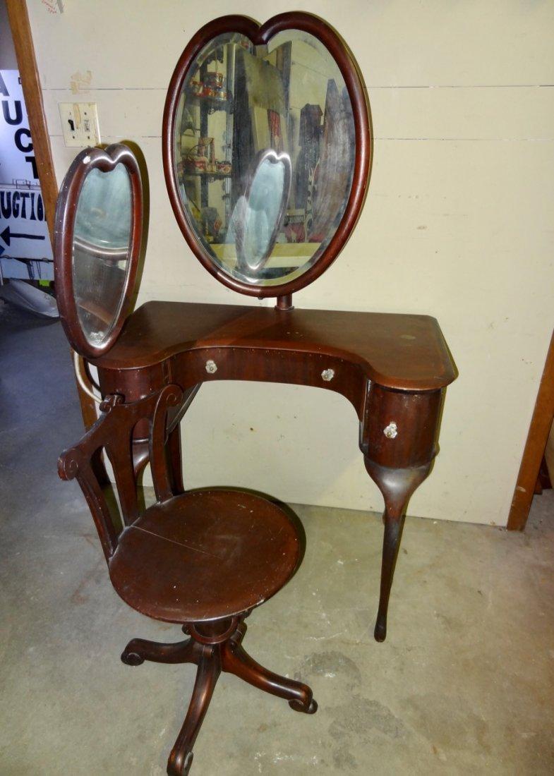 Cinderella Vanity w/Heart Shape Mirrored Matching Stool