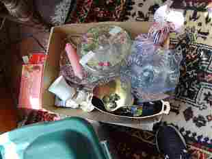 Box lot of misc glass etc