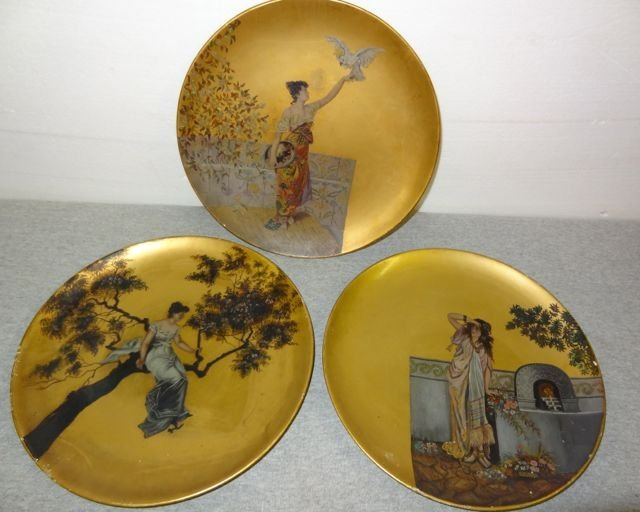 """20: 3 Early 1880's Papermache' 12"""" Plates"""