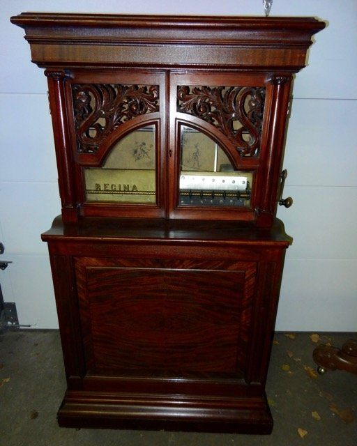 """Regina Upright 27"""" Automatic Changer Music Box"""