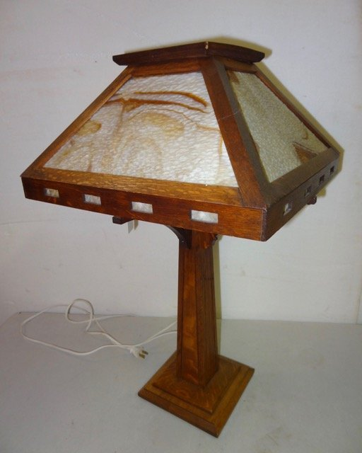 Oak Mission Stained Glass Table Lamp