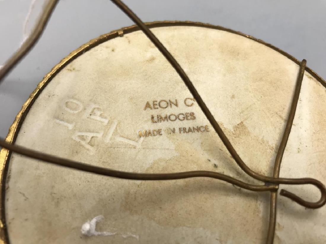 Limoges signed Watt hand-painted porcelain - 3