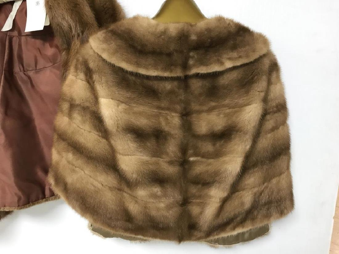 Lot of two light mink stole - 3
