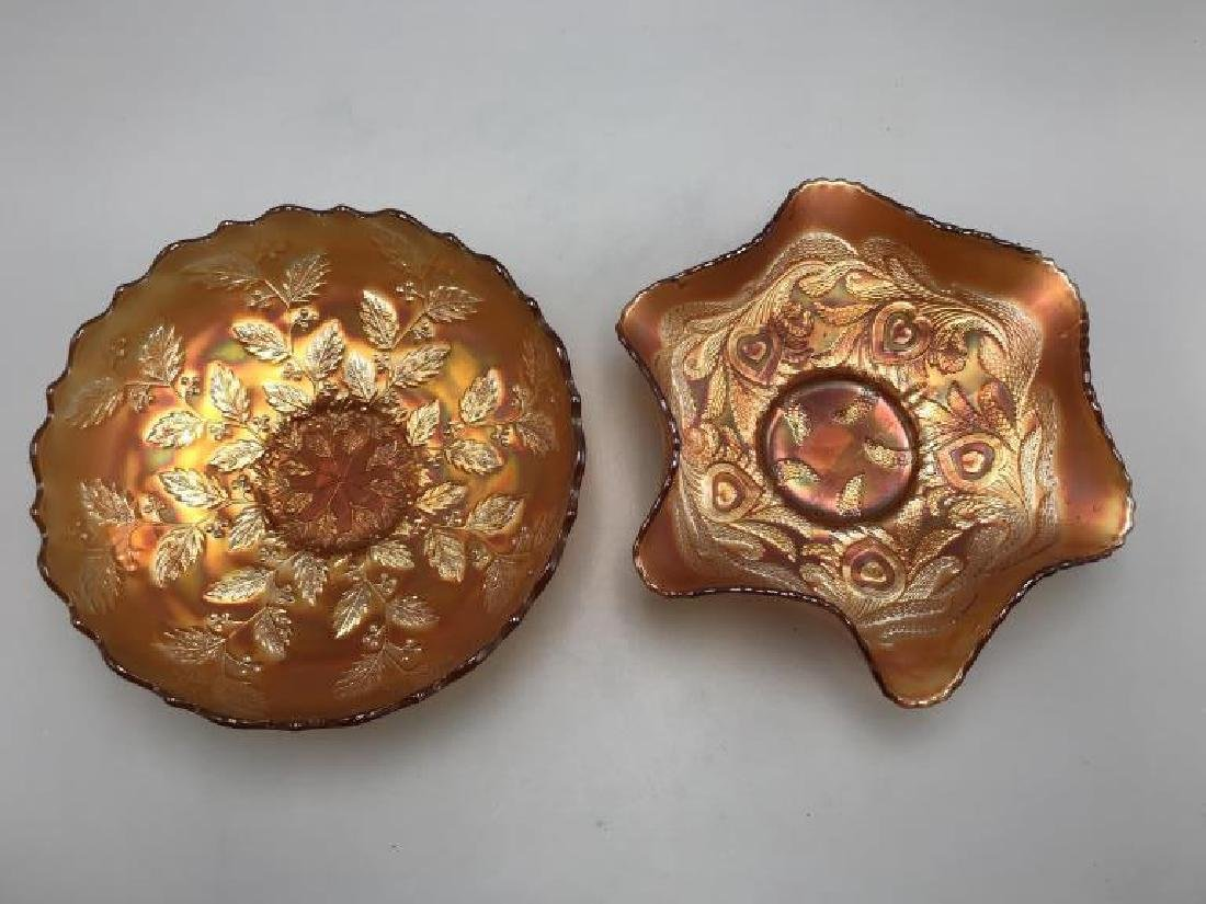Lot of two carnival glass bowl