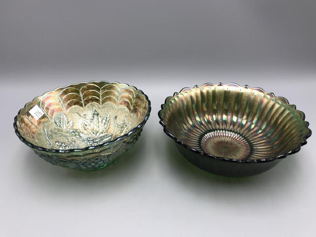 Lot of three carnival glass bowls - 4