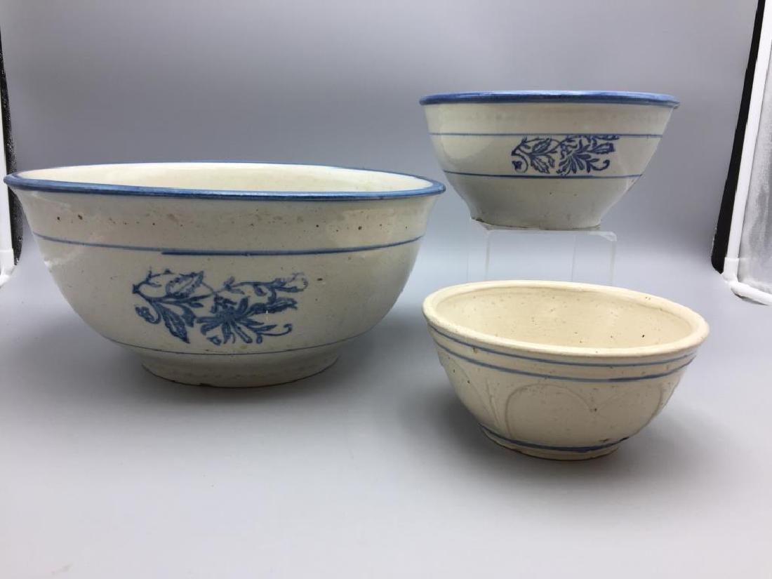 Lot of 3 stoneware mixing bowls