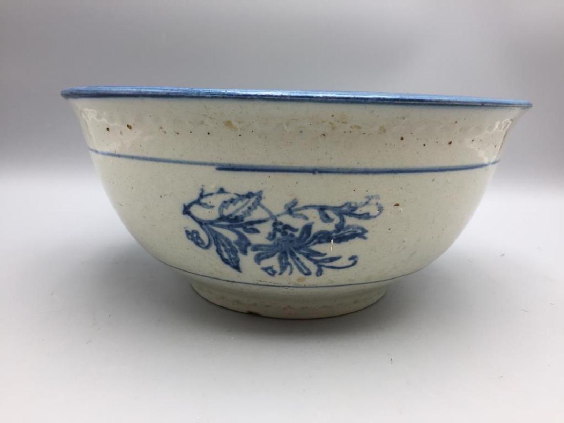 Lot of 3 stoneware mixing bowls - 2