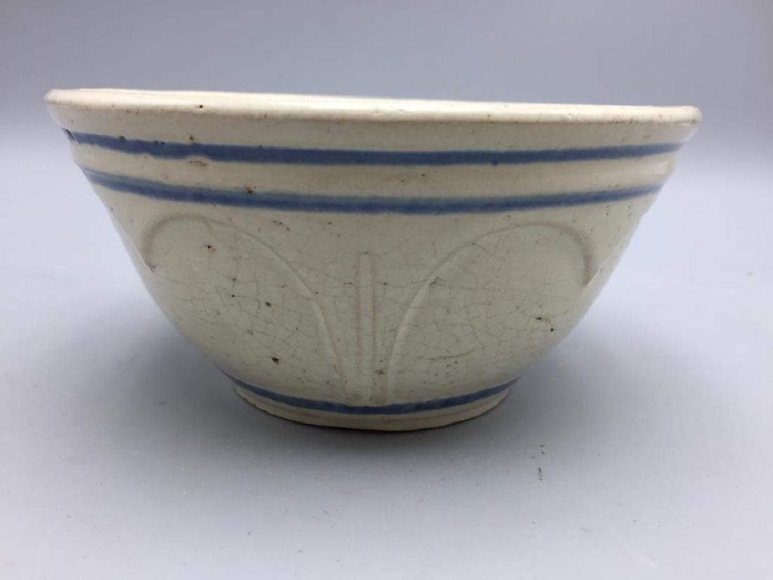 Lot of 3 stoneware mixing bowls - 7