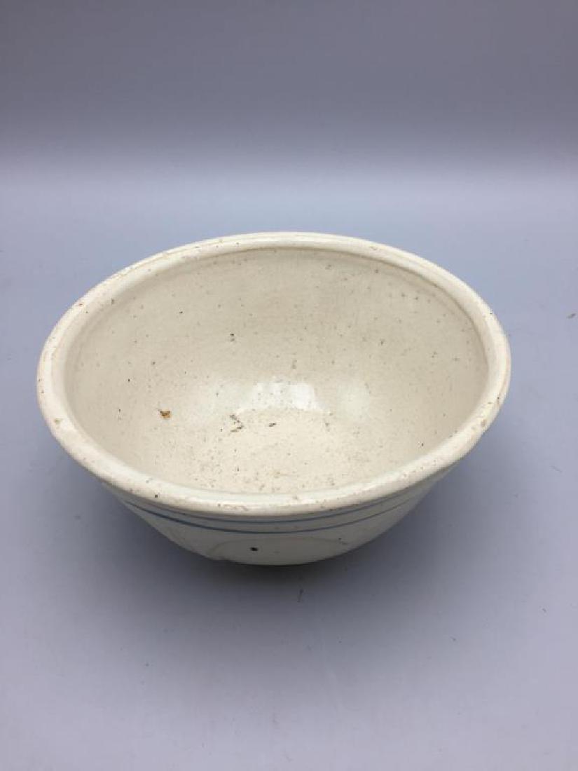 Lot of 3 stoneware mixing bowls - 8