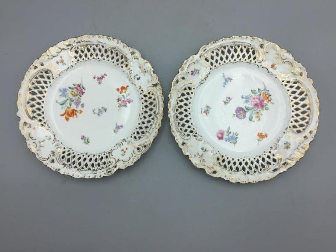 Set of eight German reticulated plates - 5