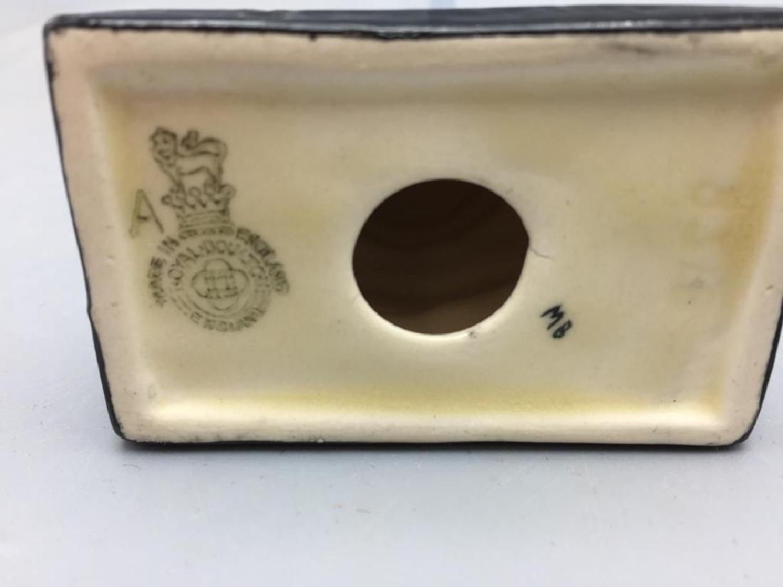 Lot of three Royal Doulton items - 3