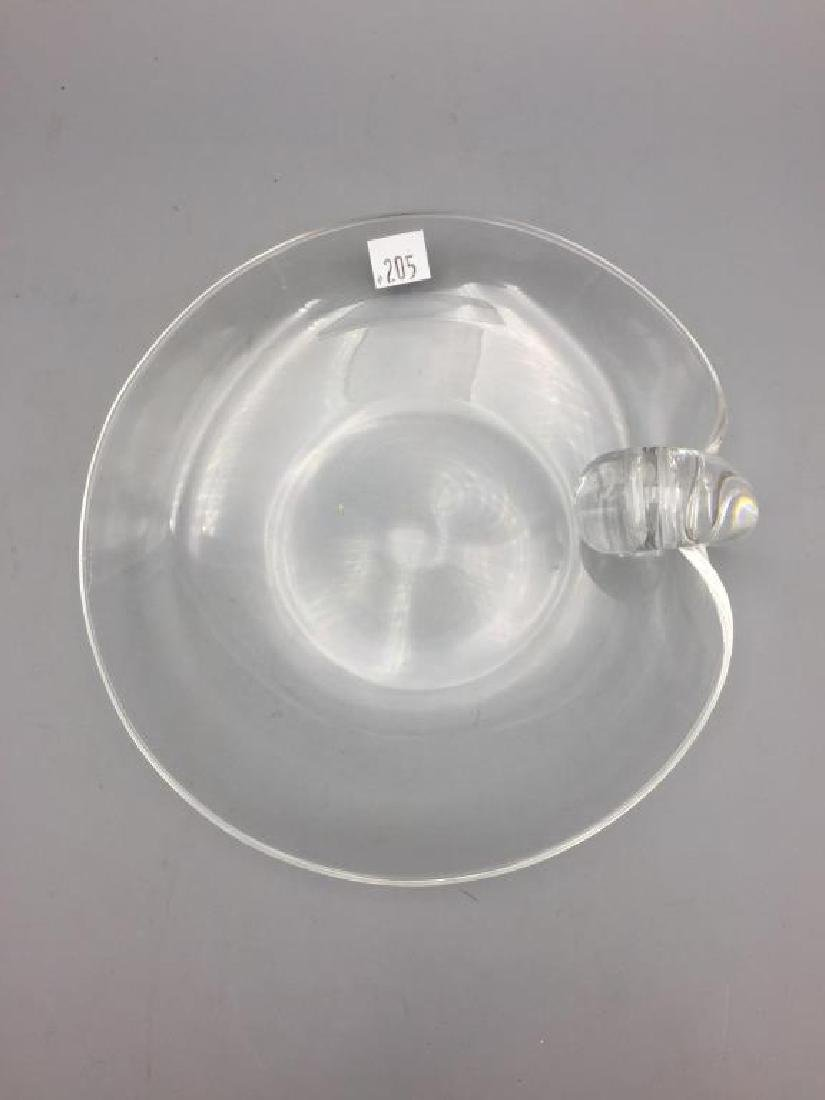 A lot of 2 Steuben colorless glass items - 4