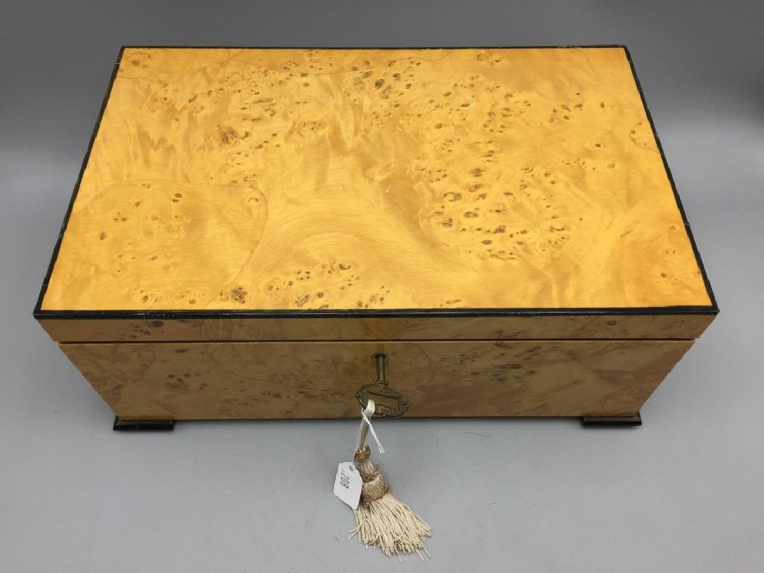 Beautiful burled maple dresser box - 2