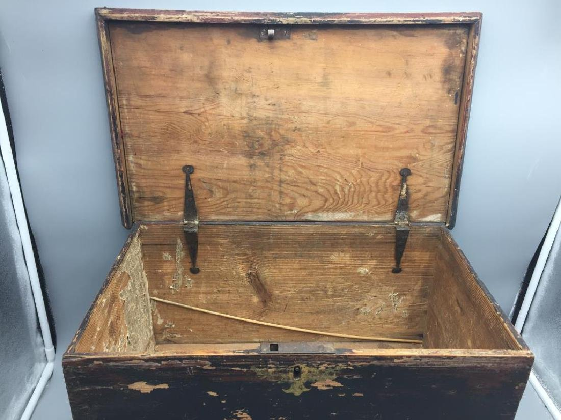 Miniature wooden blanket chest painted - 3