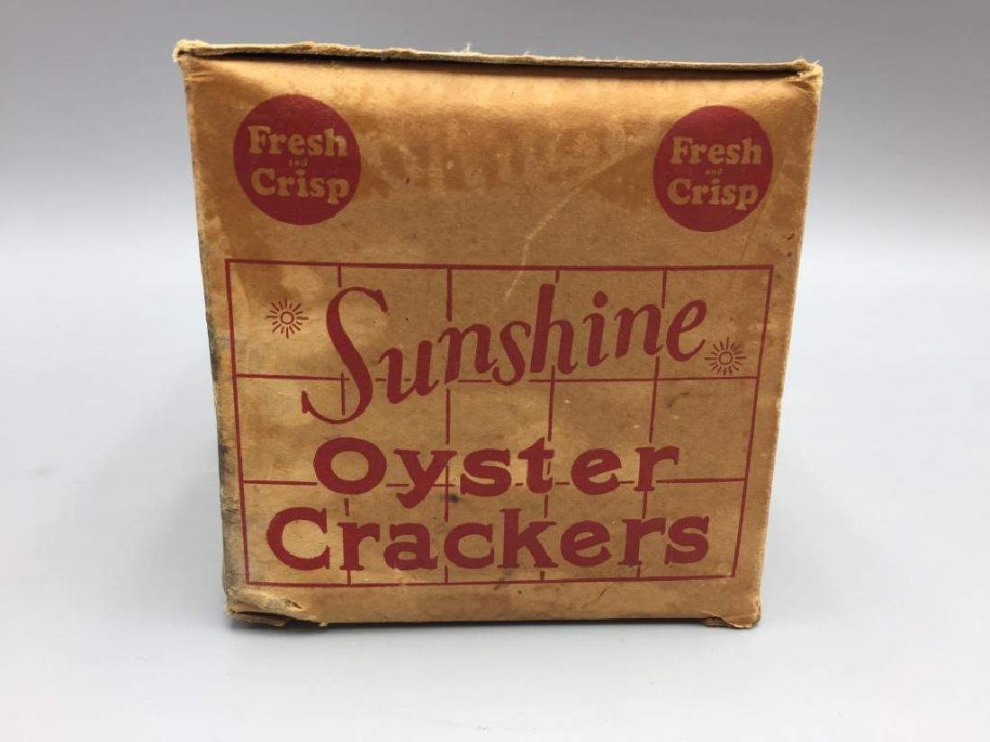 Sunshine Nabisco cracker boxes - 8