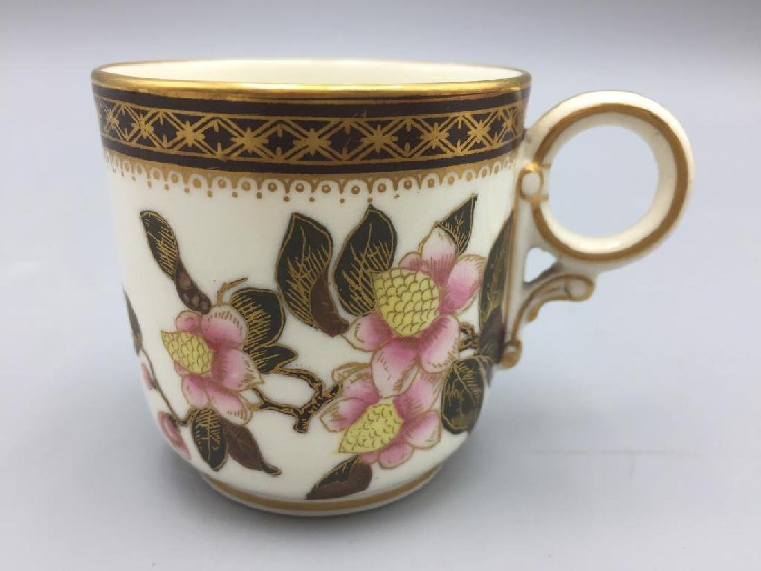 Porcelain teapot with 6 cups and saucers - 9