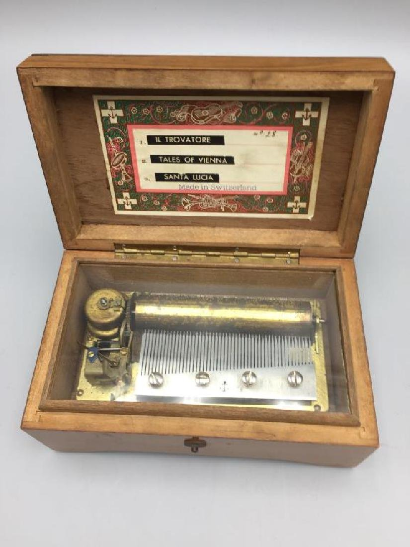 Swiss music box
