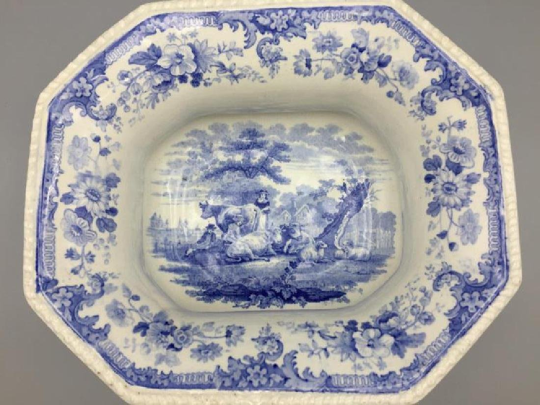 Blue and white  transfer ware tureen - 2