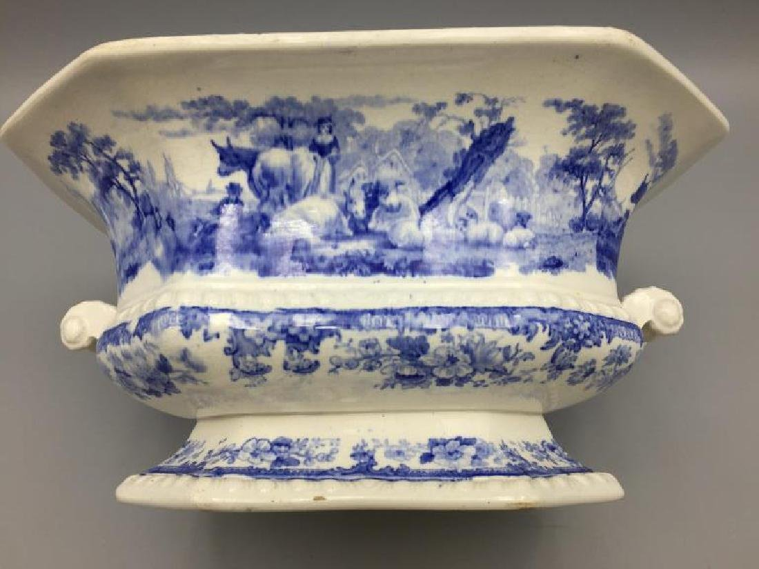 Blue and white  transfer ware tureen - 4